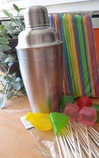 Cocktail-Shaker und Zubehör