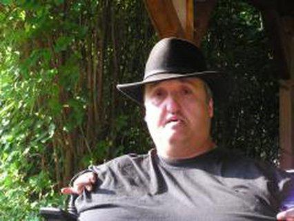 Stefan Lorent mit Hut
