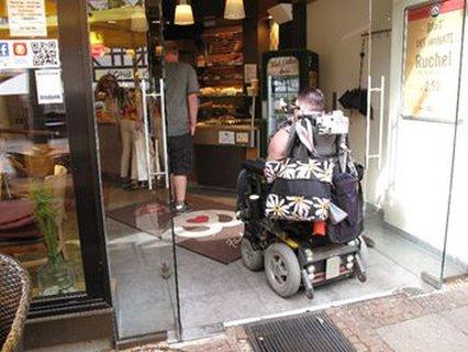 Barrierefreier Eingang ins Café