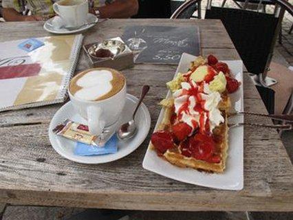 Es ist angerichtet: leckere Sachen im Eiscafé