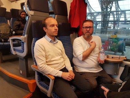 Torsten Steyer von der DB Regio und Rolf Allerdissen