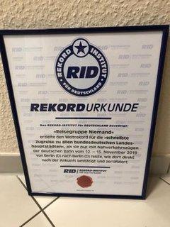 Urkunde über den Weltrekord des Rekord Institut für Deutschland (RID)