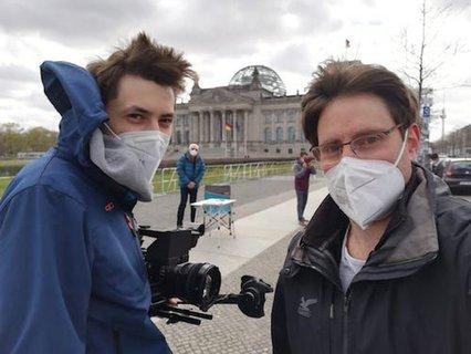 abm-Team begleitet Aktivitäten des Mehr Barrierefreiheit Wagen am Reichstag in Berlin